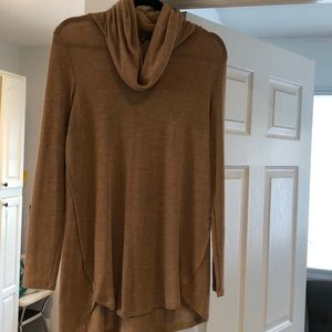 Sweaters - Lisa Rinna collection sweater shirt xs